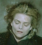 LadyCharmaine-ill-image-is-michelle-pfeiffer-as-selina-kyle-in-batmanApr1913peopletheiapoliscomCrop