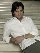 VandAPhotoShoot2006_RichardArmitage-18-Nov0913ranet-hi-res