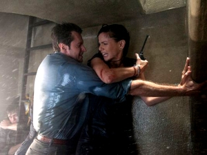 IntoTheStorm-1SNEAKPEEK-MOV-62983740-RichardArmitage-and-SarahWayneCallies_Mar2414usatoday_Aug1014ranet-sized