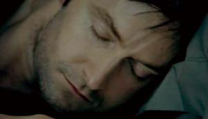 John-sleeping-isRichardArmitage-asLucas-inSpks8epi5_033_Oct0414ranet-sized-clr