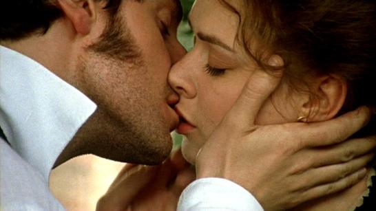 NYSepi4-336-JohnandMargaret-kissing_Jan2615anet-sized-brt