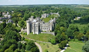 GordonCastle-aerial-view-isArundelCastle_Jan3115ArundelCastle-sized