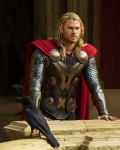SirRoderick-isChrisHemsworth-with-AnthonyHopkins-inThor-2-The-Dark-World_Feb0515sceenrantcom-crop-sized-bkgrndmask1
