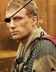 LordJohnOxbridge-imageis-KevinMcKidd-asLuciusVorenus-in2005sKingdomofHeavenSep2213sinemablog-with-eyepatch