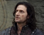 Guy-shocked-isRichardArmitage-inRobinHoodseries3-epi13_024_Feb0815ranet-cropsized-bkgrndmask