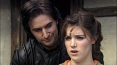 GuySmirking-after-giving-Marian-the-horse_RH1epi10-20_May2815ranet-sized