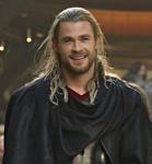 SirRoderick-isChrisHemsworth-andNataliePortman-inthor_Feb0515mrpopatin-croptoHemsworth-crop