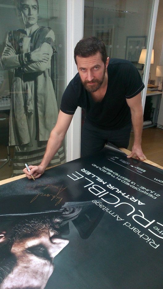 OldVic-twitter-June1314--RichardArmitage-signing-TheCruciblePoster-uncropped_Oct2315ranet-sized