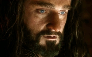 Thorin-in-awe-isRichardArmitage-in2014-BOTFA-trailer2-03_Oct1915ranet-sized-crop-clr-flip