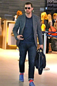 2015--TorontoAirport--RichardArmitage1-headingtoIreland-andPilgrimage_Apr2015ArmitageGlobalFB-sized
