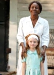 Nellie-and-aYoungOlivia-representation-isCicelyTyson-inFriedGreenTomatoes-film_Nov2615pinterest-sized