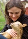 Olivia-with-newborn-lamb-isemily-Deschanel_inline2_Nov2115organicspammag