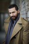 Sam-isRichardArmitage-inCamelCoat-from2011ProjectMagazine-interview-and-photosbyMattHolyoak-27_Nov2615ranet-sized-bkgrndblur