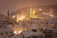 2015--Prague-in-snow-at-night_Dec1415viaJasminaV-Grati-sized