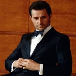 Sam--Wedding-Planning-Tux3-2013--EsquireUK-RichardArmitage-slouching-inChair_Nov0515viaSimonne-sized
