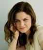 Olivia-isEmily-Deschanel-crop-sized_Jan2316fanpopcom