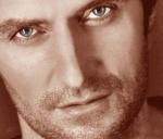 RAPortrait--2009-RichardArmitage-Soulful-eyes-BWcls-edit-byAlana_Jan2516viaLauraDay_GratianaLovelace-sized-brt-sepia-bleyes-titled