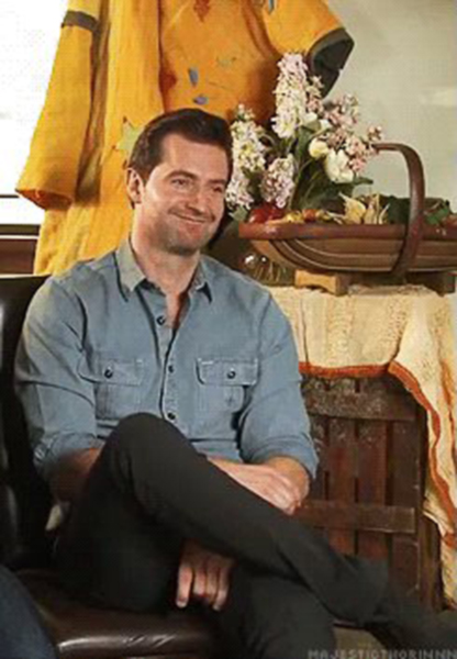 RAPortrait--2012--THAUJ-Wellington-Interview-RichardArmitage-bl-shirt-1-byMajesticThorinnn_Jan2716viaSimonne_GL-sized