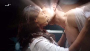 StrikeBack2010-epi3_105--JohnPorter-isRichardArmitage-Danni-love-scene-kissing_Feb2716ranet