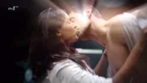StrikeBack2010-epi3_105--JohnPorter-isRichardArmitage-Danni-love-scene-kissing_Feb2716ranet