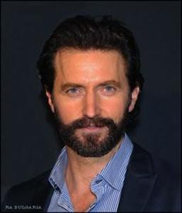 RAPortrait--2013--BAFTA-TeaParty-RichardArmitage-beard-manip2-byRA-Bulgaria_Apr1316viaRAfflicted-onPinterest-sized-clr
