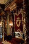 lordchristian-elaborate-bedchamber-wburgundy-bed-linens_sep2716viapinterest