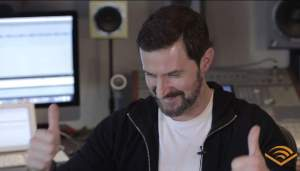 2015-richardarmitage-thumbs-up-in-audible-recording-studio_feb1017audible-viavalentinaancelotti