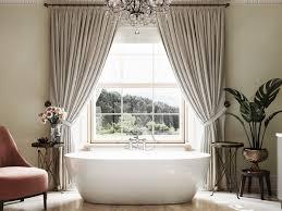 zCarlisle-House-Bathing-tub_July04-2021viaEtonsofBathInteriors