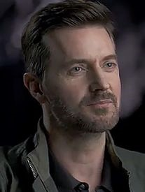 RAchar--2020x--RichardArmitage-character-w-sml-hopeful-smile_Sept10-2021viaFranJustFran--Grati-brt